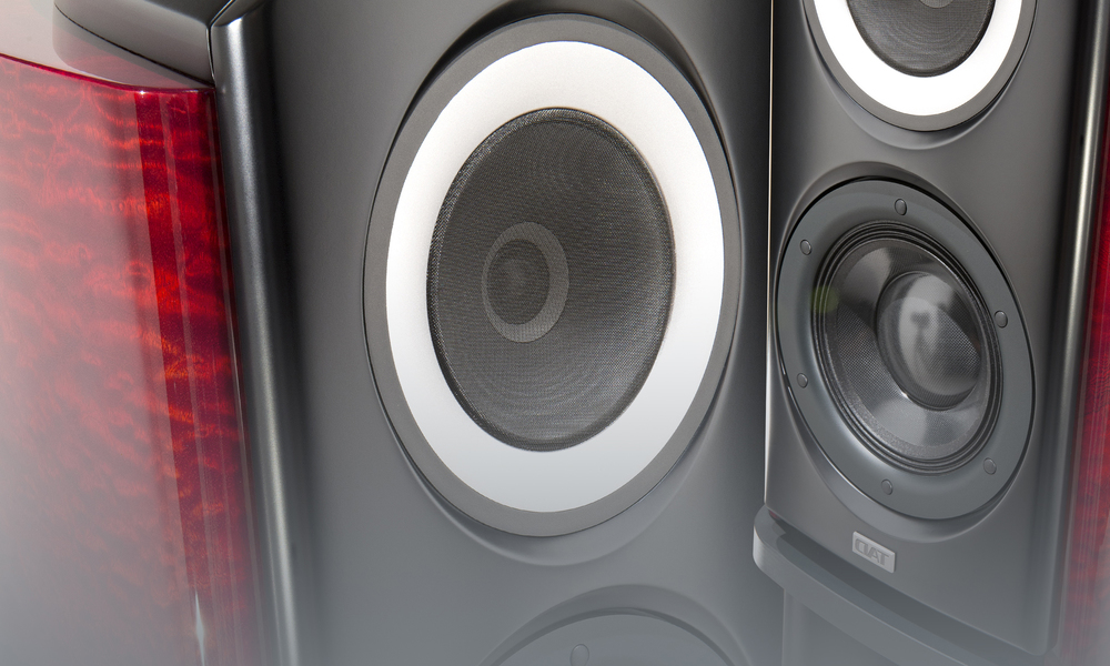 R1-Gallery-speakers.jpg